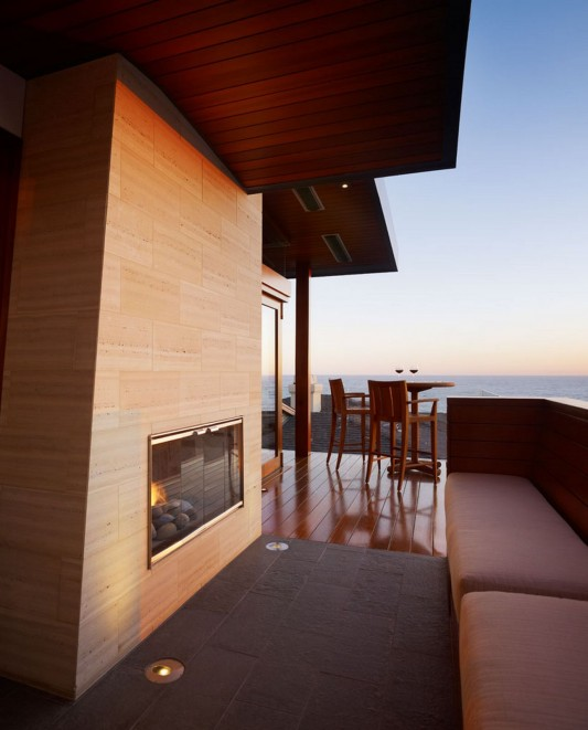 33rd Street Residence by Rockefeller Partners Architects secon floor terrace