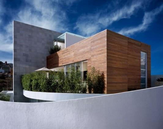 Beautiful Minimalist M-House exterior design