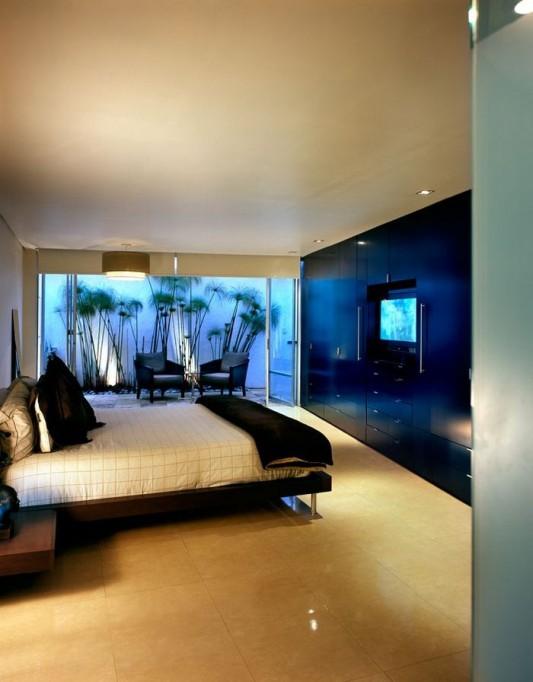 Beautiful Minimalist M-House master bedroom design
