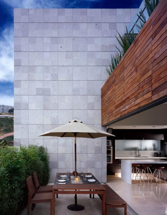 Beautiful Minimalist M-House naturally wall