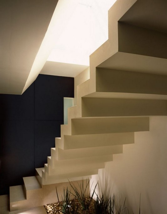 Beautiful Minimalist M House stairs design