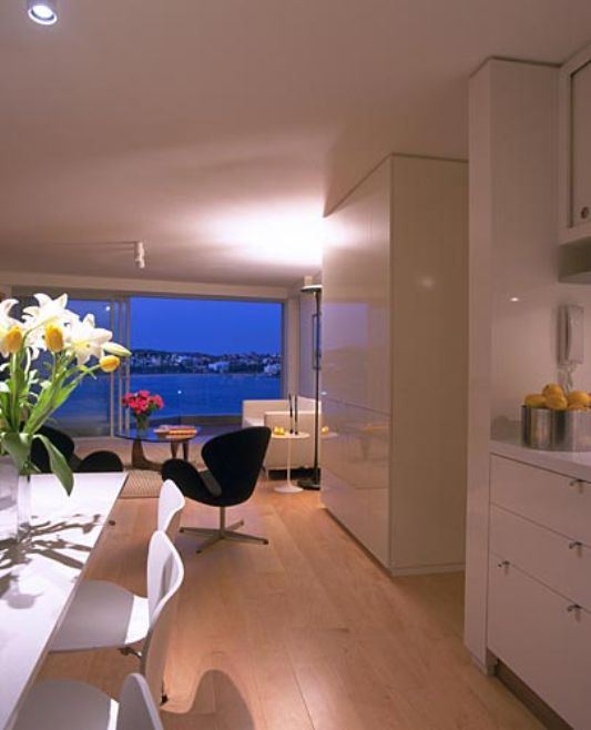 Interior decorating apartments decorating at bondi beach for Beach apartment decor