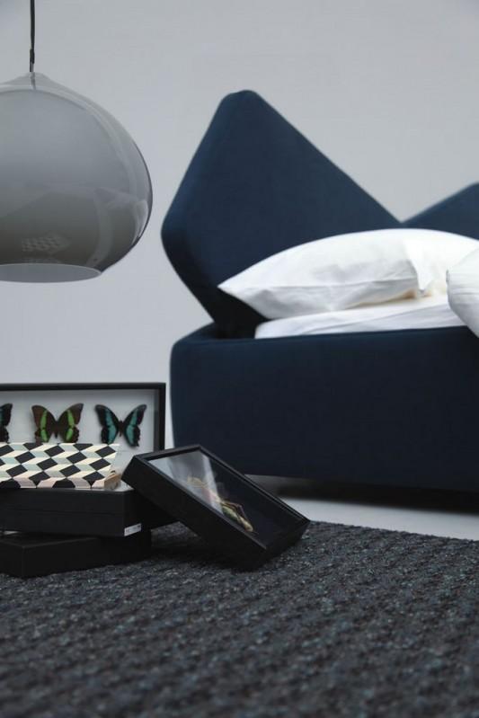 Comfortable and modern ribbon bed by Odoardo Fioravanti