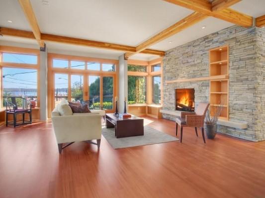 Comfortable and warm lake washington residence with natural fireplace