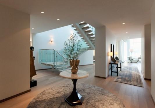 Comfortably Luxurious Penthouse in Fairmont Building corridor