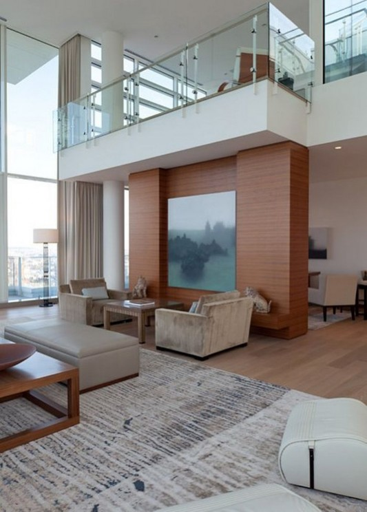 Comfortably Luxurious Penthouse And Visually Quiet