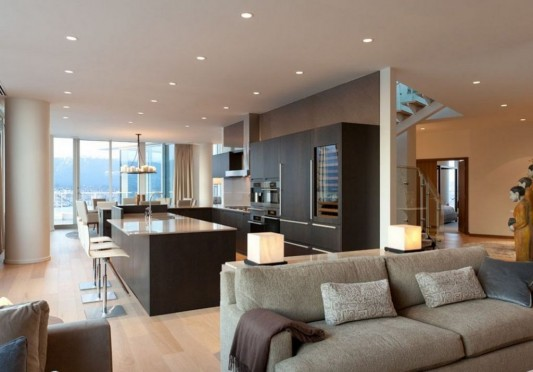 Comfortably Luxurious Penthouse in Fairmont Building living and kitchen