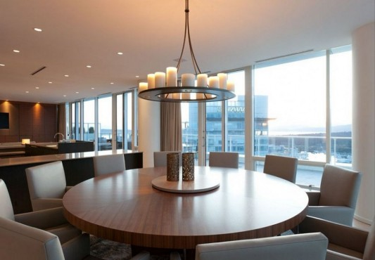 Comfortably Luxurious Penthouse in Fairmont Building round dining table