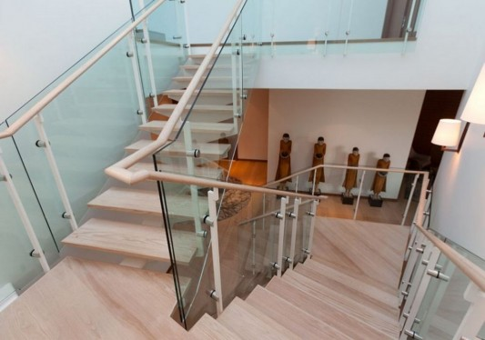 Comfortably Luxurious Penthouse in Fairmont Building stairs design
