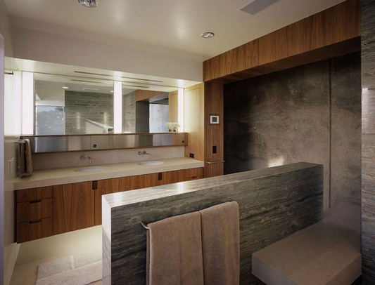 Contemporary Altamira Residence by Marmol Radziner bathroom
