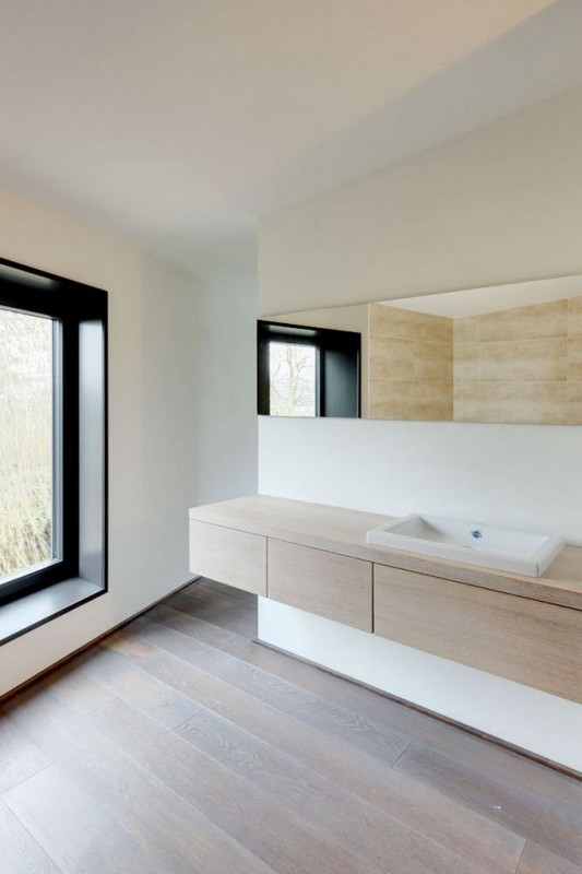 Contemporary Garden Residence basin and cabinet