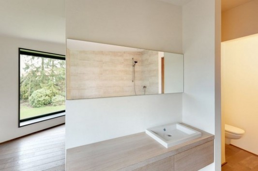 Contemporary Garden Residence bathroom design