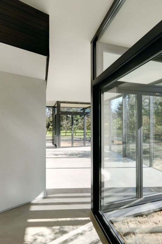 Contemporary Garden Residence interior and exterior gate