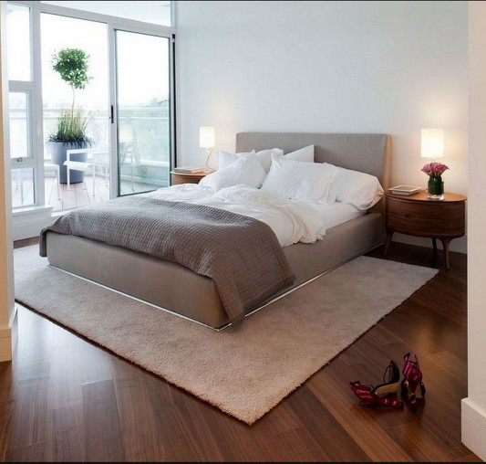 Contemporary Silversea Residence by Robert Bailey master bedroom design