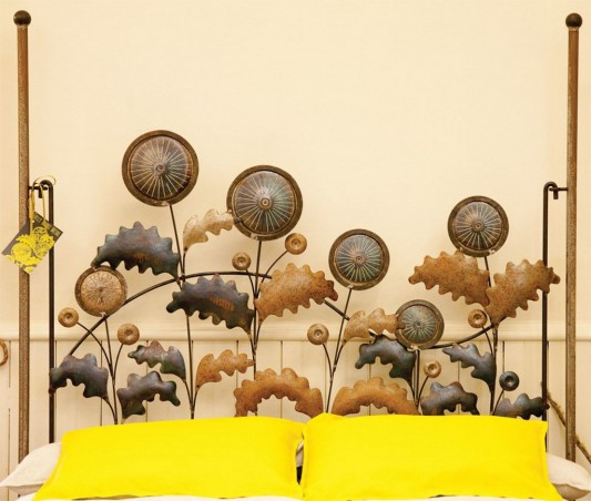 Dandelion Metal Bed artistic beautiful headrest design