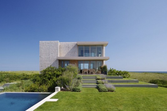 Dune Road Residence by Stelle Architects front view