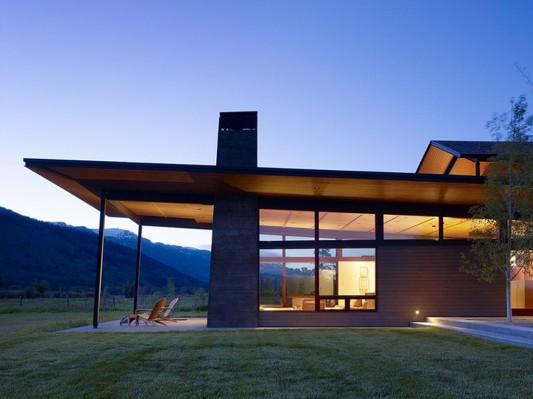 Exotic terrace design Peaks View Residence