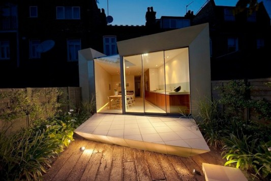 Faceted house - simple small house terrace night view