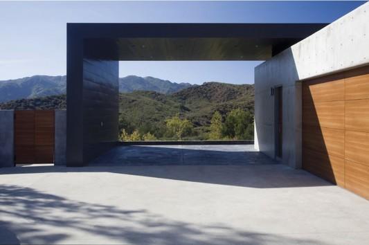 Lima residence with minimalist concrete carport design ideas