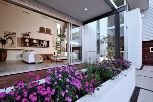 Minimalist Laurel Residence for Comfortable Everyday living exterior and interior