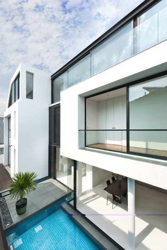 Modern Alnwick Road House by Park + Associates swimming pool