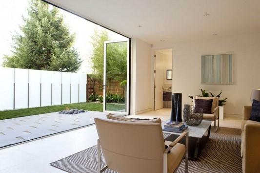 Modern Four Storey Urban Home Design Comfortable Patio Design. Russian ...