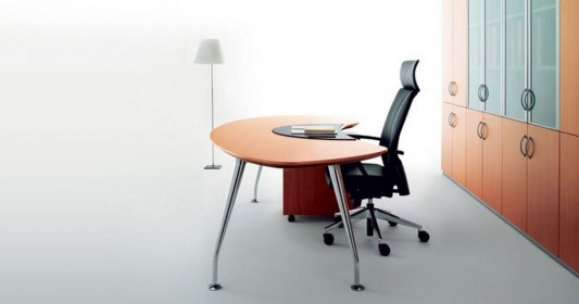 Modus simple and elegant executive office desk