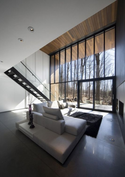 Mont Saint Hilaire Beauty of Residence Surrounded Exoticism Dry Trees