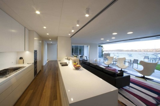 Point Piper House by POPOVbass Architects kitchen and living room