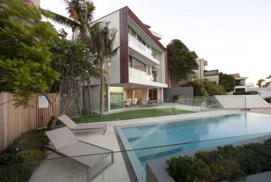 Point Piper House by POPOVbass Architects swimming pool