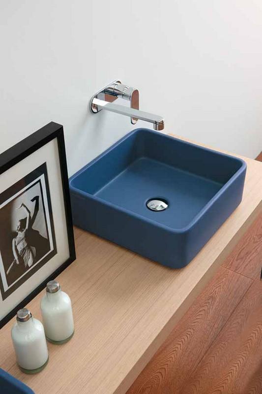Robbiano Blue Minimalist washbasin design for small bathroom by Ceramica Flaminia
