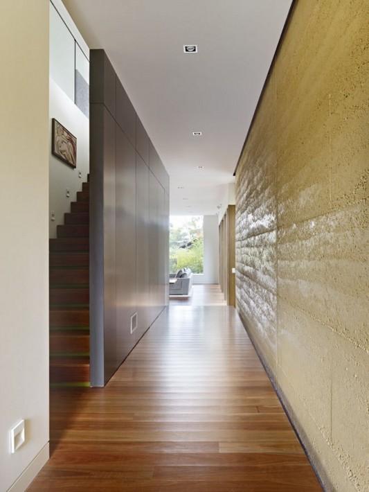 The Avenue Contemporary Multi Residence corridor