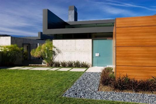 beautiful modern minimalist mountain house design exterior