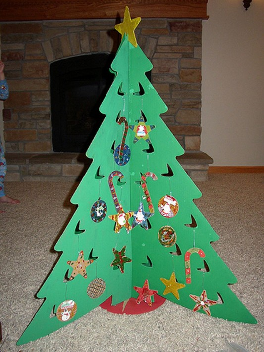cardboard funny Christmas tree design