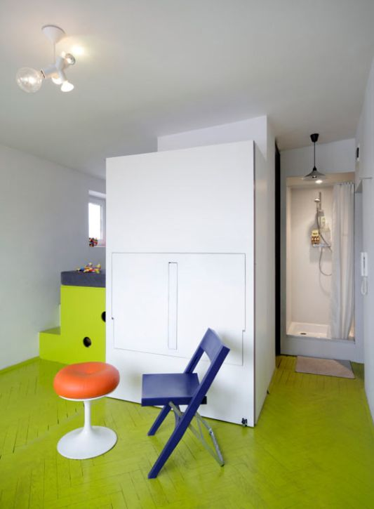 child colorful apartment decor