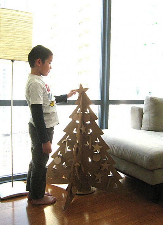 child room Christmas tree design ideas