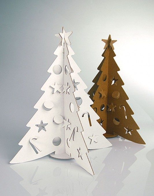 child room decorating design with small Christmas tree