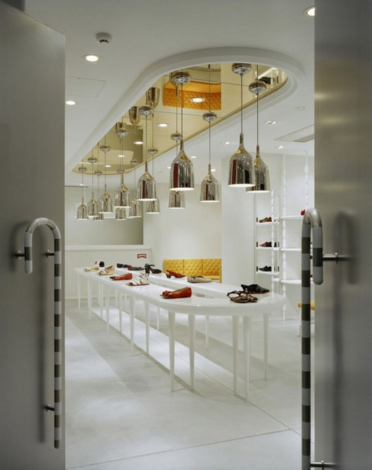 classic contemporary shop interior design with elegant design