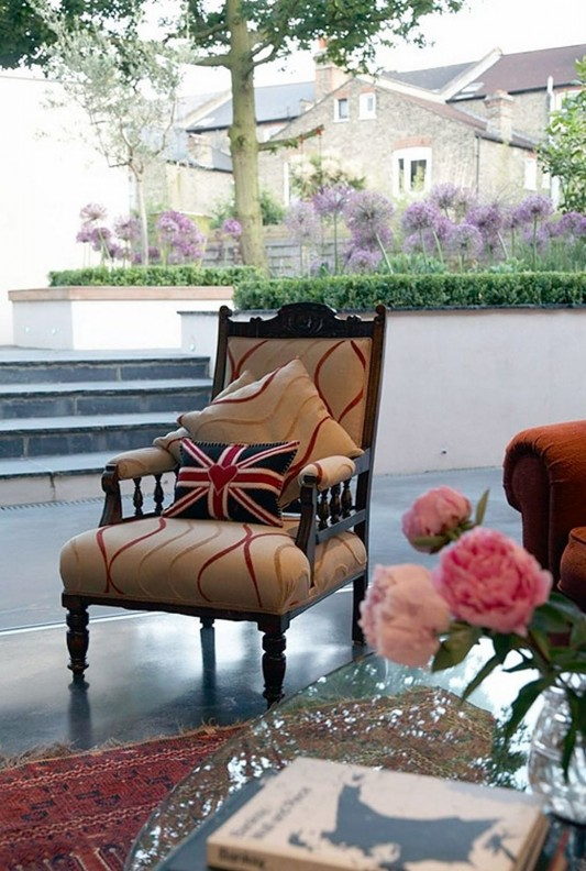classical comfortable patio furniture design