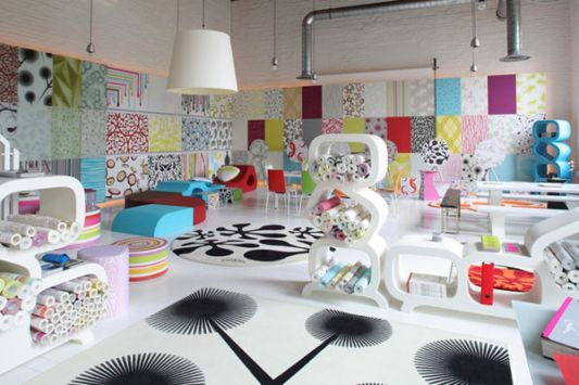 Colorful Showroom Interior Concept, by Lars Contzen - Home Design ...