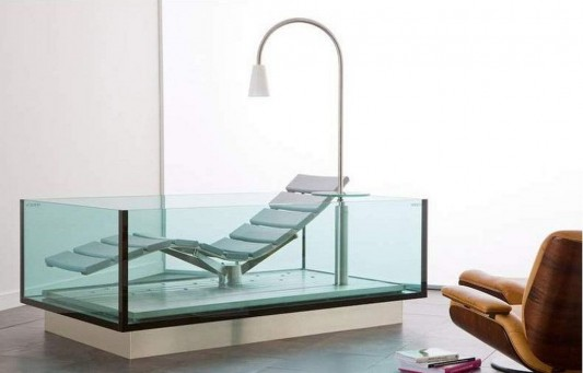 Comfortable Bathtub And Lounge Chair Combination