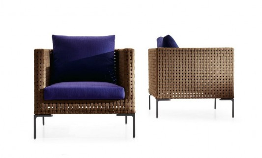 comfortable modern outdoor lounge sofa by Antonio Citterio