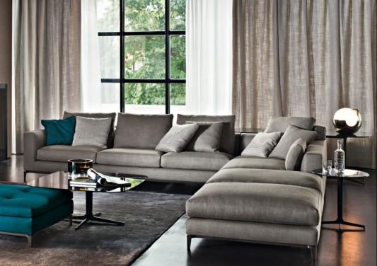 Cozy Living Room Design With Luxurious Sofa