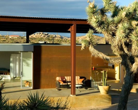 desert ranch style house
