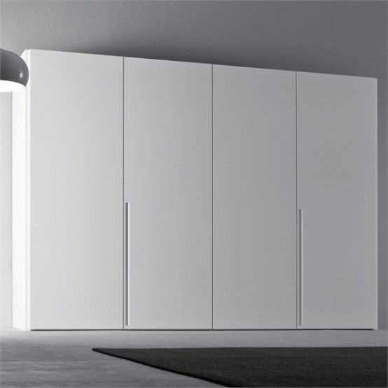 four doors white minimalist interior concept & White Walk In Closet At Minimalist Bedroom Interior Design - Home ...