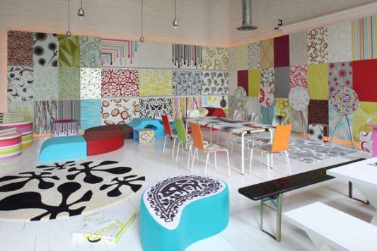 Fresh Showroom Interior Design Concept