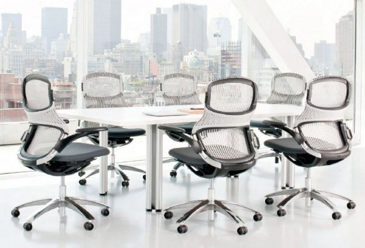 Modern and Flexible Office Chair for Comfortable Seating Position ...