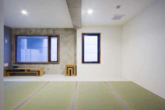 hotel nuts interior design with tatami japanese floor