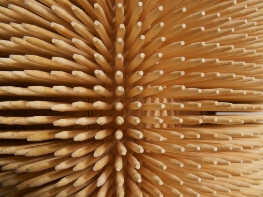 magistral cabinet with Bamboo Skewers detailed