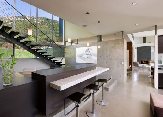 minimalist counter table design in Lima Residence